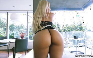 Put up ass blondie Luna Star gets licked and sucks a large locate