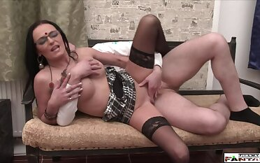 Undiluted Bush-league MILF makes Love with Driver