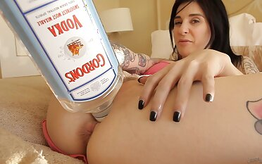 Unaccompanied babe Joanna Angel moans while fingering her tight holes