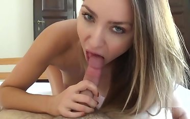 Expat POV - Victoria Puppy - Early Morning Blowjob