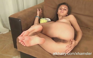 Hairy Shrima masturbates and gets off while you watch