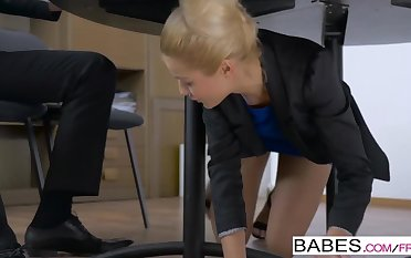 Office Obsession - Handy Presentation  starring  Kai Taylor