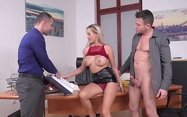 Busty office beauty makes magic with her mouth and pussy