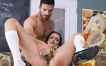 Bitch gets a lot of dick to work her magic holes