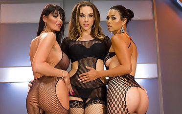 Best fisting, anal porn video with crazy pornstars Eva Karera, Dana Vespoli and Chanel Preston from Everythingbutt
