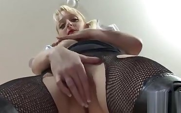 Foxy sweetheart Paige The dickens gets banged well