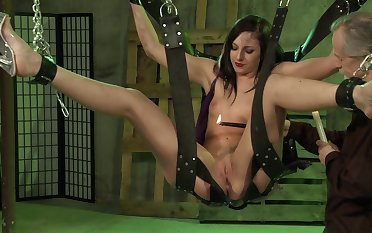 Jade Thomas faced with her saucy BDSM maledom scenes