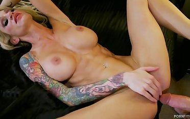 Busty cougar Sarah Jessie rough sex integument