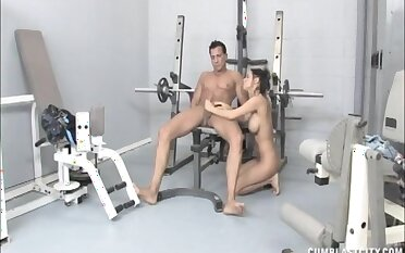 Erotic tart Brandi Anistion gives a great handjob convenient hammer away gym