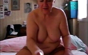 Not roundabout old granny handjob with the addition of cumshot